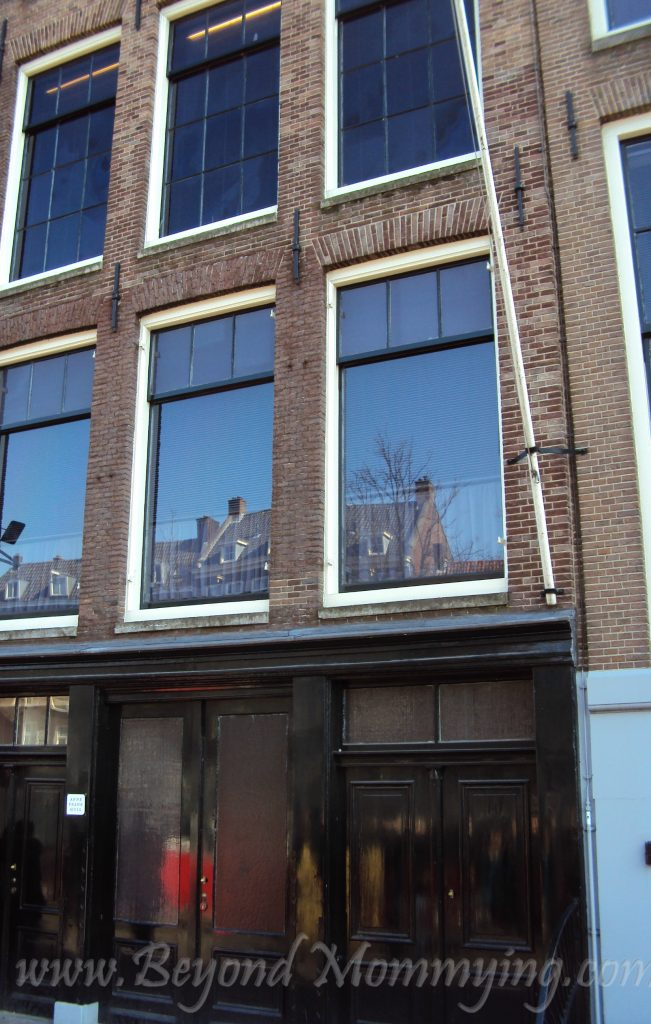 Traveling to Amsterdam with Kids, visiting the Anne Frank House