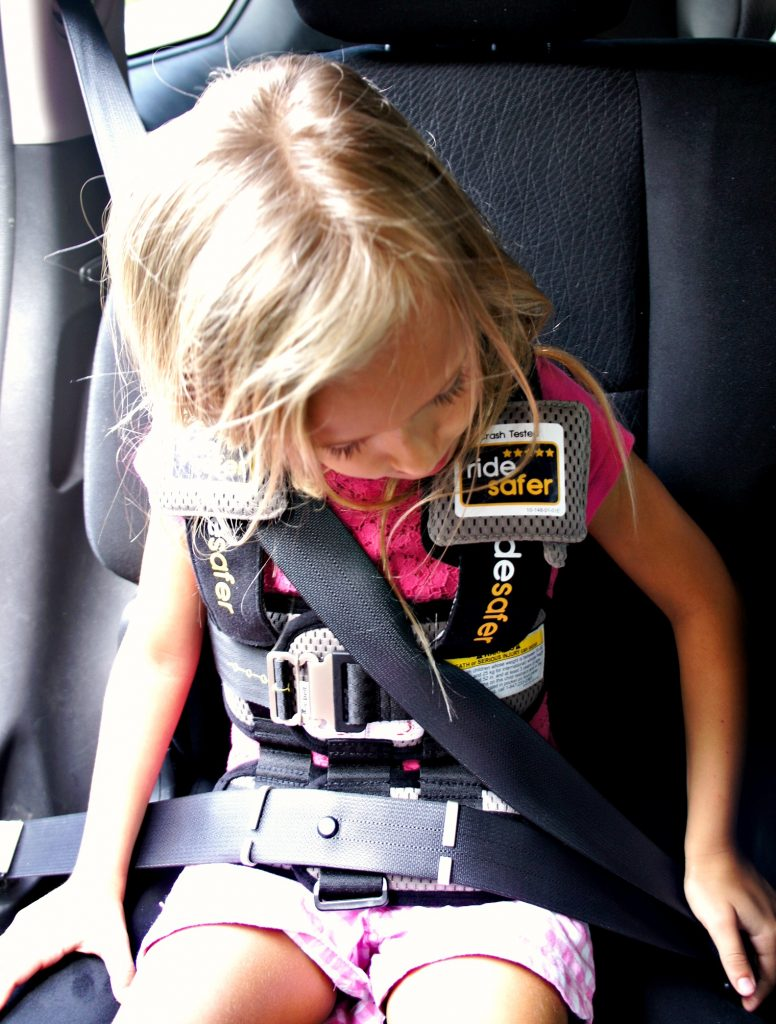 Top Of The Childs Shoulders And Lap Portion Is Lying On His Her Thighs Vest Does Everything Else To Properly Position Vehicle Seat Belt